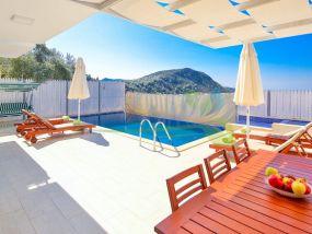 kiralık yazlık Villa Petek