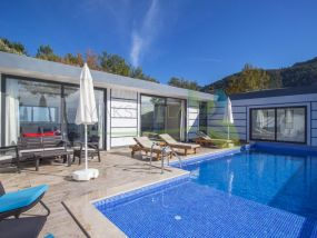 kiralık yazlık Villa Avon